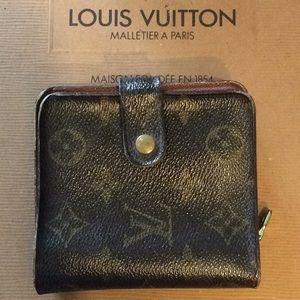 Authentic LV Zip wallet